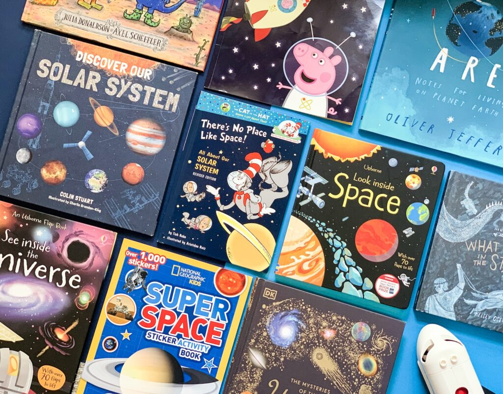 Space books for toddlers and kids - Feature